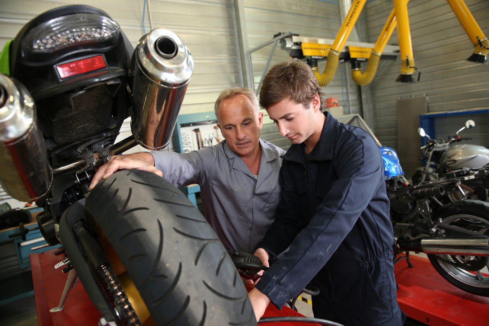 La importancia del service para mantener la calidad de tu moto